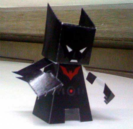Batman Beyond Papercraft (Batman of the Future)