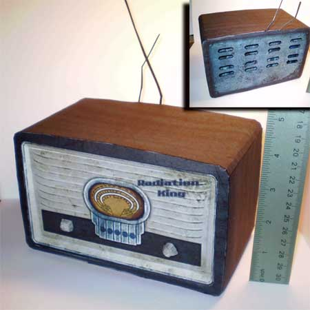 Radiation King Radio Papercraft