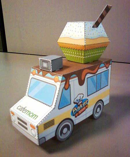 CafeMom Baker Street Truck Papercraft