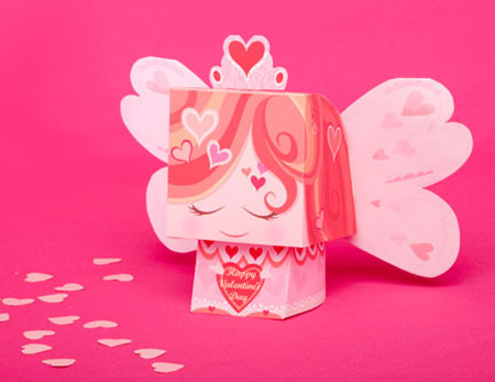 Sweet Valentine's Day Messenger Papercraft