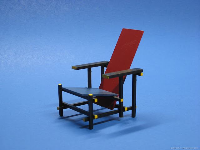 The Red Blue Chair