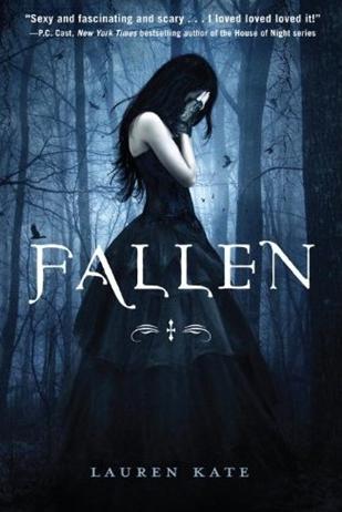Review: Fallen by Lauren Kate