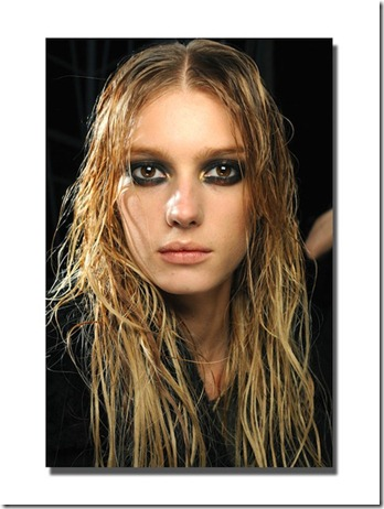 rcavalli-backstage-beauty-fall-2011