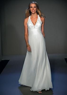 halter-v-neck-bridal-gown