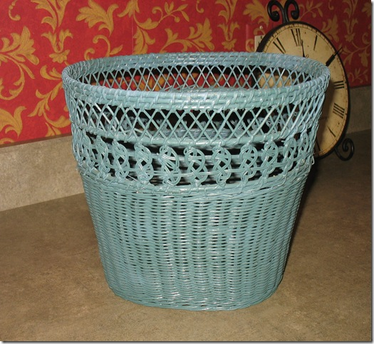wicker trashbasket