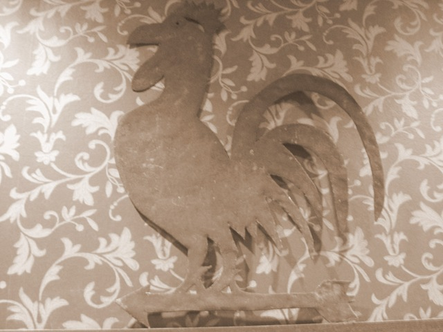 metal rooster