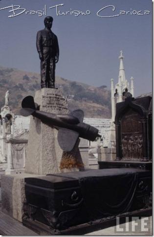 Cemitério São João Batista e Morro São João, circa 1973