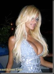 zahia-dehar-topless