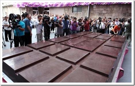 The World's Biggest Chocolate Bar 2