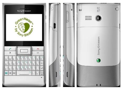 green heart by Sony Ericsson Aspen Smartphone 3
