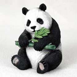 Bambusbär - Pandabär mit Bambuszweig
