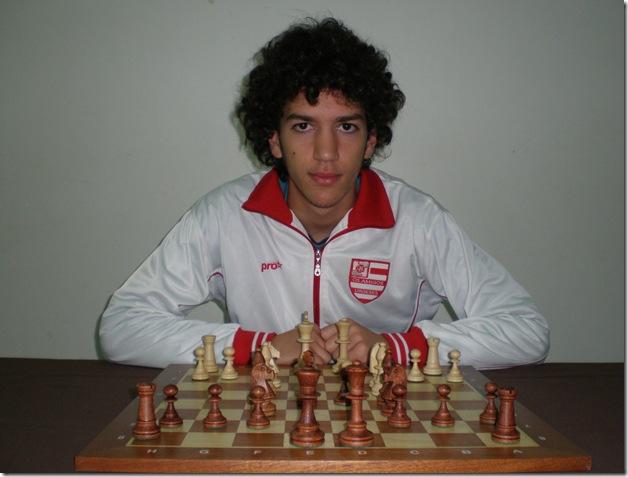 27694-Carlos Machado