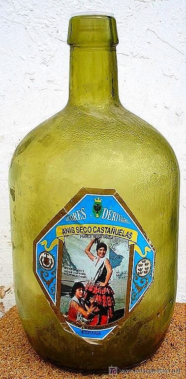 botella de anis seco
