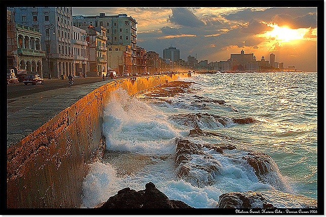 MALECON POR LA TARDE by Felix Pages-Romeu