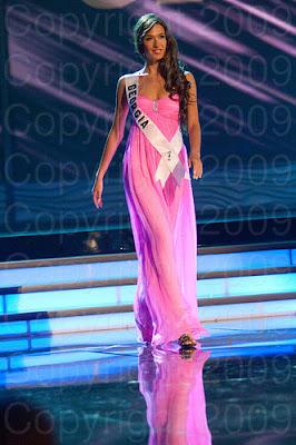 georgia Miss Universo 2009: Inspirações para vestidos de madrinha e noiva