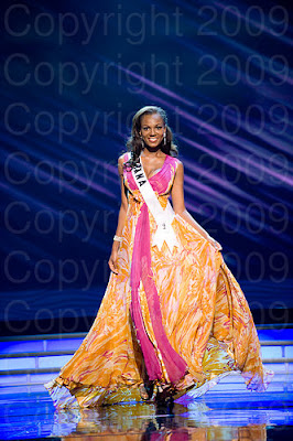 gana1 Miss Universo 2009: Inspirações para vestidos de madrinha e noiva