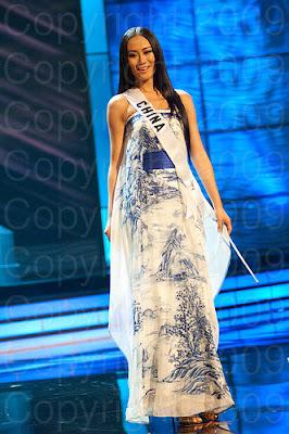 china1 Miss Universo 2009: Inspirações para vestidos de madrinha e noiva