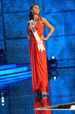 irlanda Miss Universo 2009: Inspirações para vestidos de madrinha e noiva