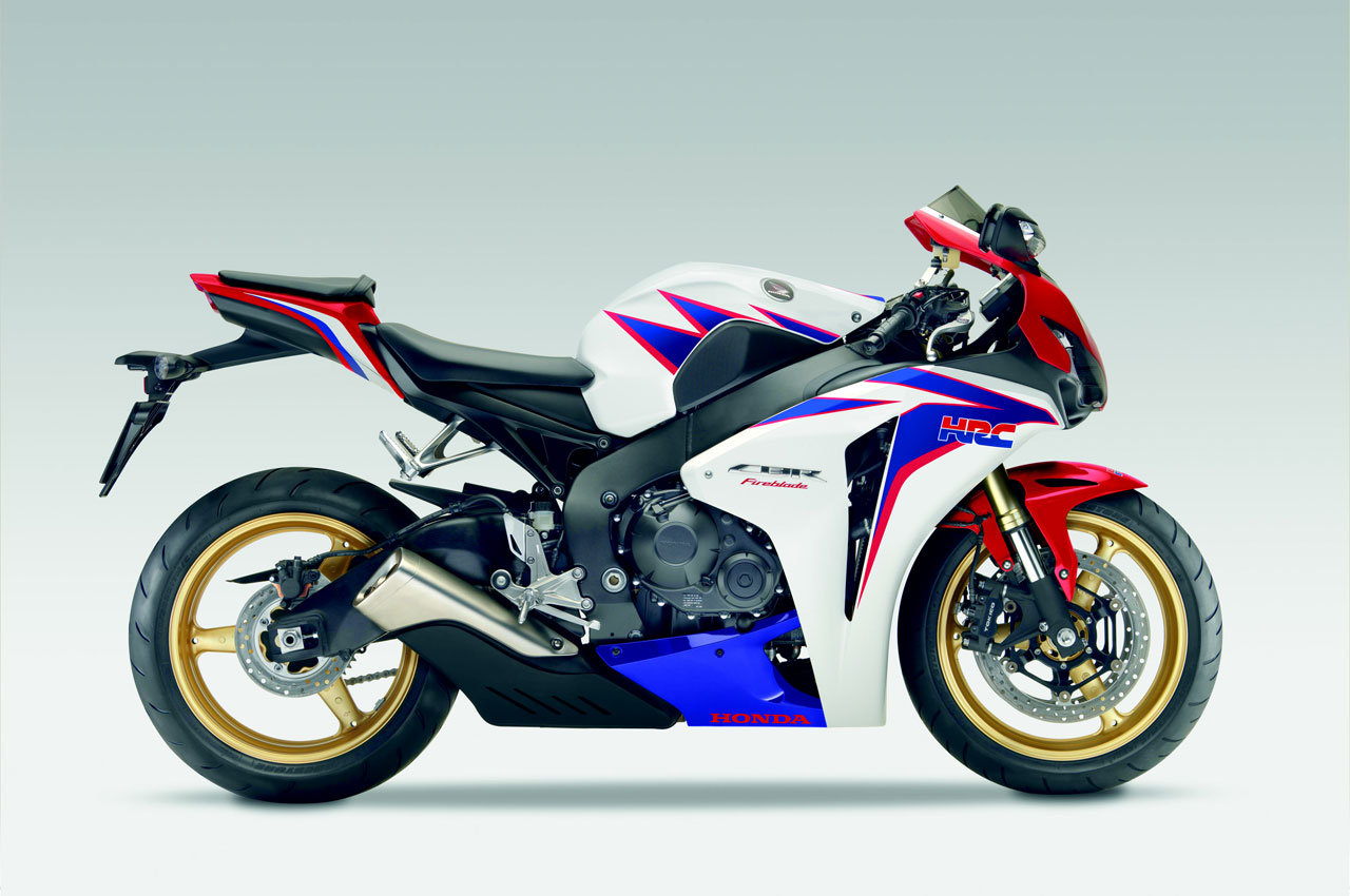 2010 Modifikasimotor All New Cbr 150r Slick Black White Jakarta That Are Honda Cbr1000rr Pictures
