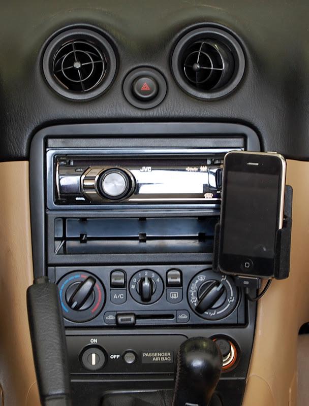 Ipodaux Ineasiest Solution Mx5 Miata Forumrhforummiata: 2000 Mazda Miata Radio Replacement At Gmaili.net