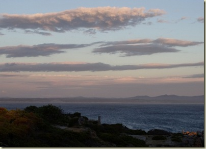 06 Sunset over Walker Bay Hermanus Western Cape ZA (800x577)
