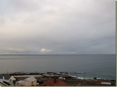 04 Rainbow over False Bay from Moonglow B&B Glen Cairn Cape Pennisula ZA (800x600)