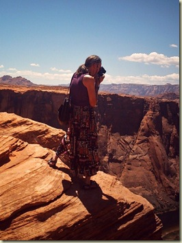 05 Gaelyn photographing Horseshoe Bend Page AZ (768x1024)