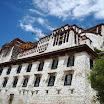 Lhasa-White-Palace.JPG