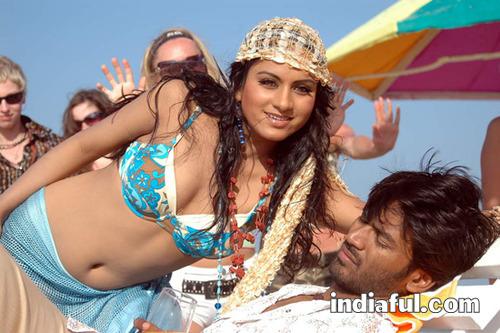 Dhanush+stills+in+yaradi+nee+mohini