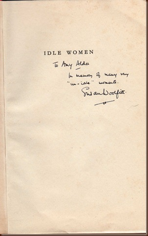 idle women inscription033