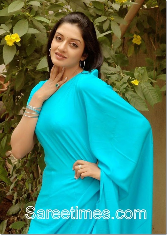Vimala_Raman_Blue_Saree