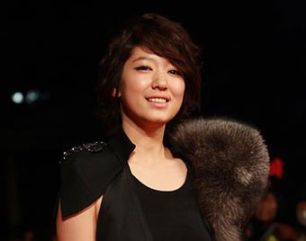 Park Shin Hye เป็นนักแสดงรับเชิญใน High Kick Through the Roof