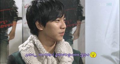 Lee Seung Gi โชว์กล้ามท้อง