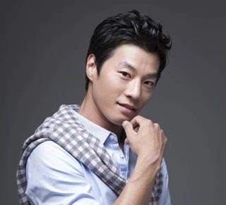 """Lee Chun Hee รับบทนำใน """"Gloria"""""""