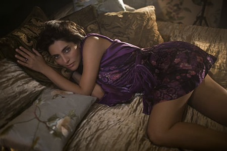 Caterina Murino latest hot photos 9