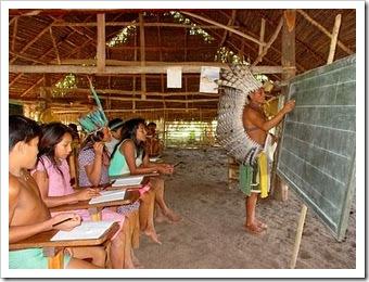 Escola Indígena no Brasil