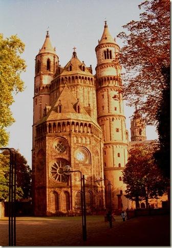 Catedral de Worms, Alemanha, estilo românico, século XII
