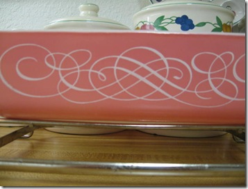 apron and pink pyrex 017