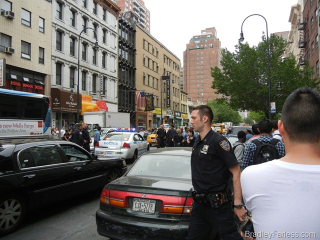 Cops on the street after a fight broke out on 14th street between 5th and 6th Ave.