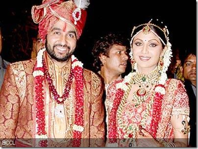 Shilpa-Shetty-and-Raj-Kundra-wedding-photos