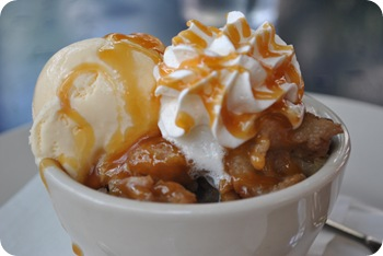 bourbon peach bread pudding