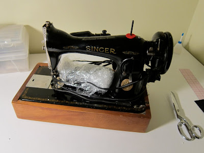 Male Pattern Boldness Welcome Singer 4040 Or Out With The Old Cool 1960 Singer Spartan Sewing Machine Model 192k
