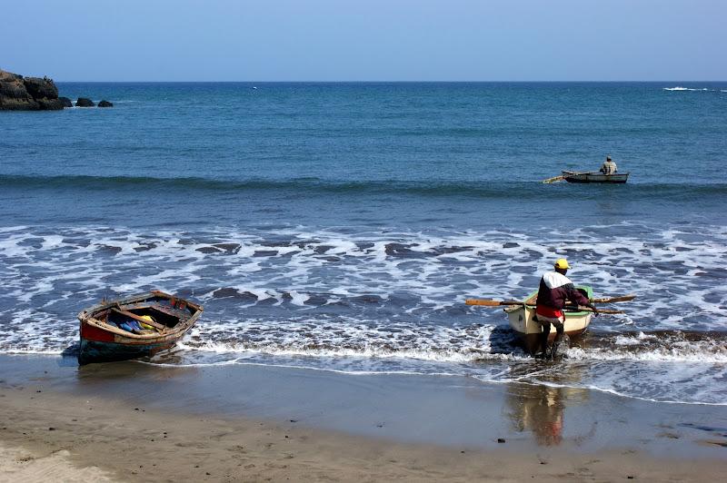 A chegada à praia dos pescadores em Cabo Verde