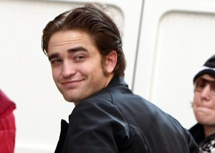robert pattinson y su novia. robert-pattinson-belami-