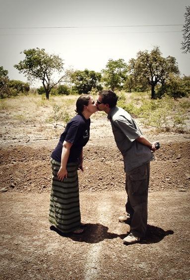 kissingPMweb