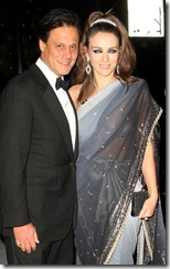 Elizabeth Hurley blouse-less see through saree  (5)