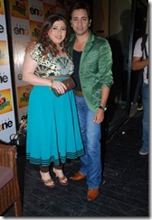 Karisma Kapoor Juhi Parmar Tanaz Currim (13)