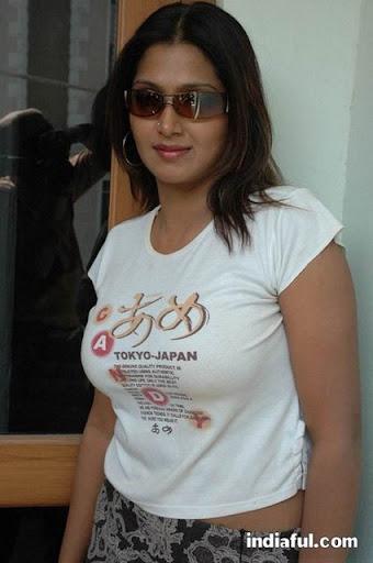actress.bhuvaneswari.bhuvaneswari sexy t shirt stills 011 Gay Twinks   The Ultimate Gay Tube