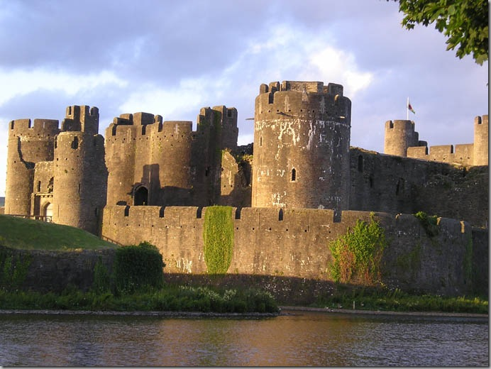 caerphilly castle4