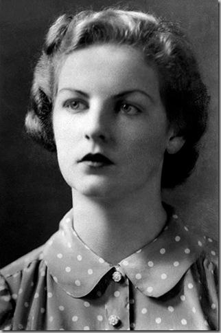 Deborah-Freeman-Mitford-1941